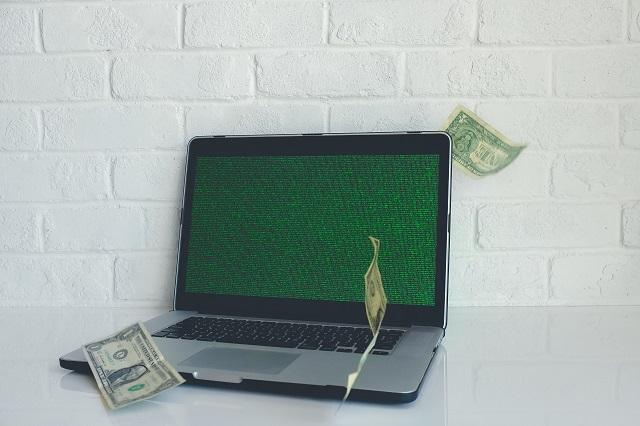 Pieniądze i komputer