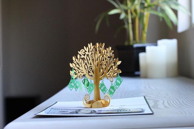 Drzewko z pieniędzmi
